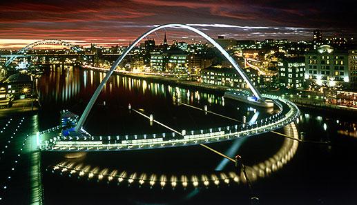 Gateshead Millennium Bridge (Jonathan Speirs Scholarship Fund)